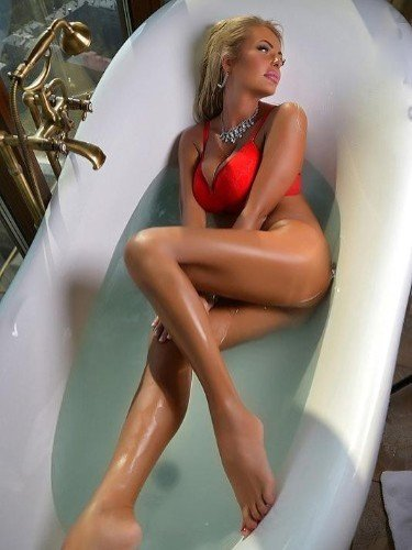 Sex ad by kinky escort Dana (24) in Bucuresti - Fotografie: 2