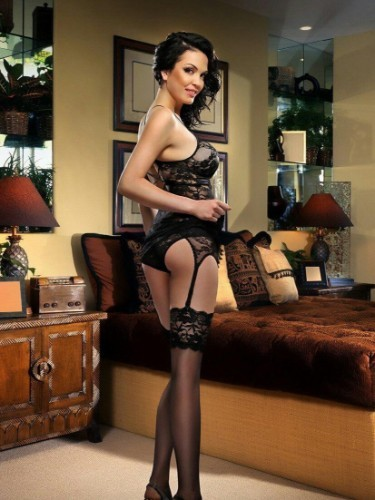 Sex ad by escort Vip escort Ariana (20) in Istanbul - Photo: 2