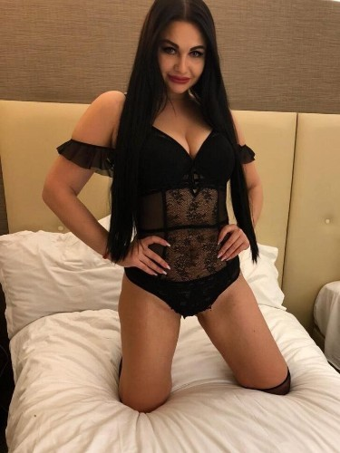 Sex ad by escort Moli (24) in Istanbul - Photo: 1