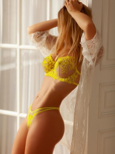 Sex ad by kinky escort Lucretia (27) in Adana - Photo: 5