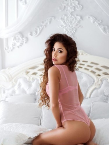 Sex ad by escort Julia (24) in Izmir - Photo: 3