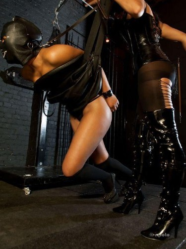 Fetish Escort Mistress Kali in Bergen op Zoom, Netherlands - Photo: 2
