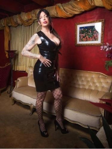 Fetish Mistress Escort Kim in Almere, Netherlands - Photo: 7