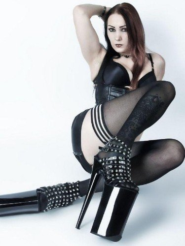 Fetish Mistress Escort Mrs Poison in Almere, Netherlands - Photo: 1
