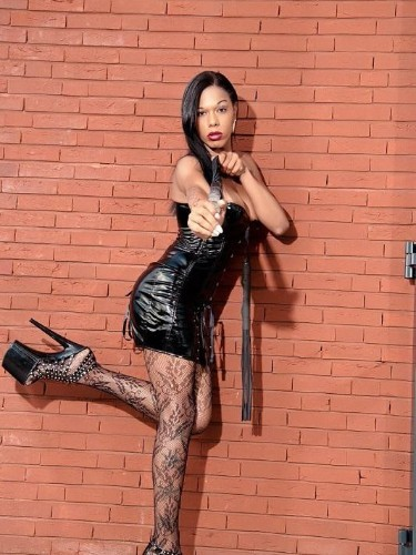 Fetish Mistress Escort Bruna Venchy in Zwolle, Netherlands - Photo: 5