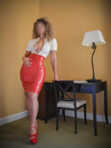 Fetish Mistress Escort Mrs Sophie in Enschede, Netherlands - Photo: 3