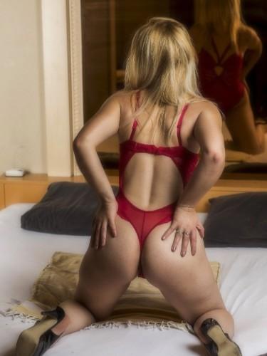 Elvira nu bij privehuis Sexcub Noblesse in Haps - Foto: 1