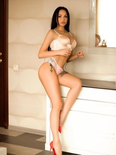 Sex ad by escort Alina (24) in Istanbul - Photo: 3