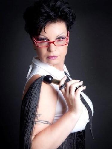 Fetish Mistress Escort Meesteres Isabel in Venlo, Netherlands - Photo: 3