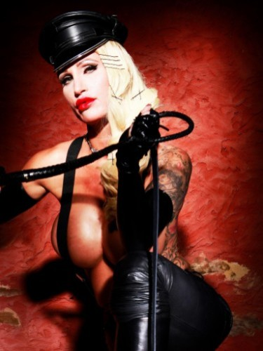 Fetish Mistress Escort Calea Toxic in Almere, Netherlands - Photo: 7