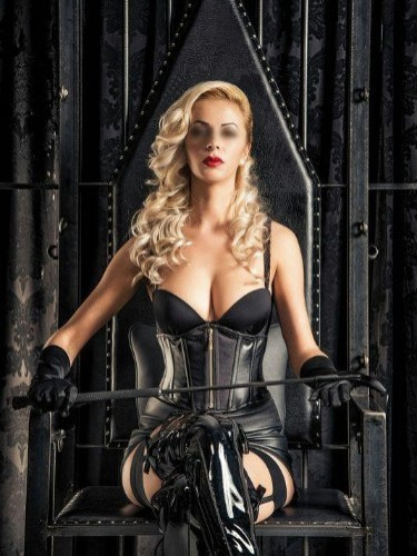 Fetish Mistress Escort Lady Michela in Utrecht, Netherlands - Photo: 1
