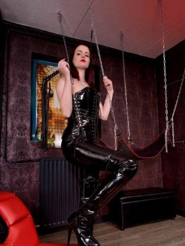 Fetish Mistress Escort Mrs Alexa in Utrecht, Netherlands - Photo: 4