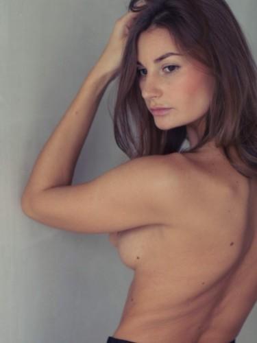 Sex ad by escort Ella (20) in Istanbul - Photo: 4