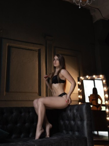 Sex ad by pornstar escort Alisa (21) in Istanbul - Photo: 6