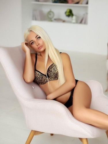 Sex ad by escort Sabrina (20) in Istanbul - Photo: 5