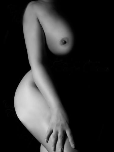 Julia nu bij privehuis Carpe Diem Massage in Boxtel - Foto: 3