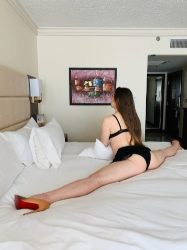 Sex ad by escort Tatyana (21) in Izmir - Photo: 4