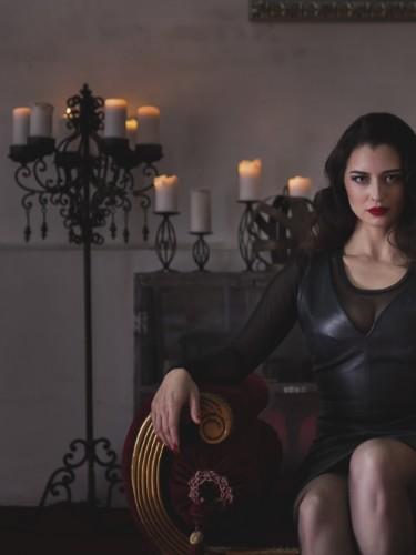 Mistress Bella Lugosi nu bij privehuis in Berlijn - Foto: 5