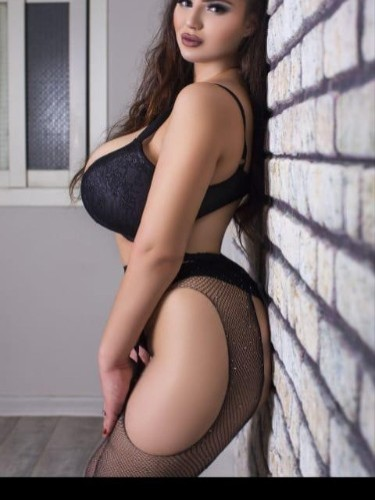 Sex ad by escort Nina (22) in Istanbul - Photo: 3