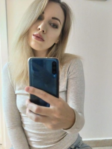 Sex ad by escort Karina (22) in Istanbul - Photo: 7