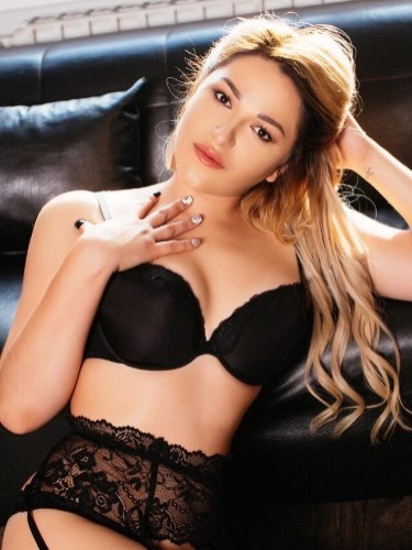Sex ad by escort Violetta (25) in Istanbul - Photo: 3