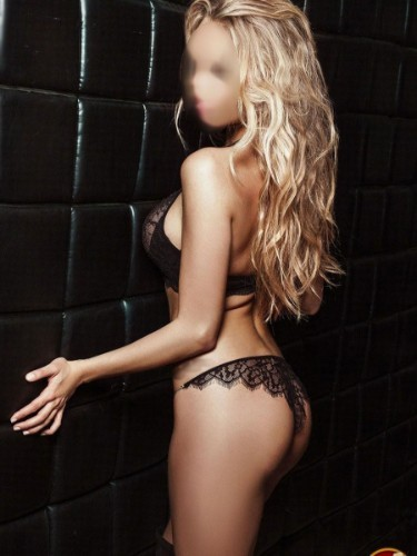Sex ad by escort Emily (22) in Brasov - Fotografie: 3