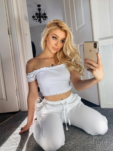 Sex ad by kinky escort Isabella (19) in Istanbul - Photo: 1