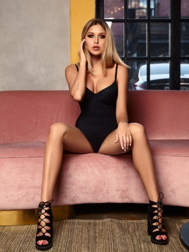 Sex ad by escort Daisy (22) in Istanbul - Photo: 1