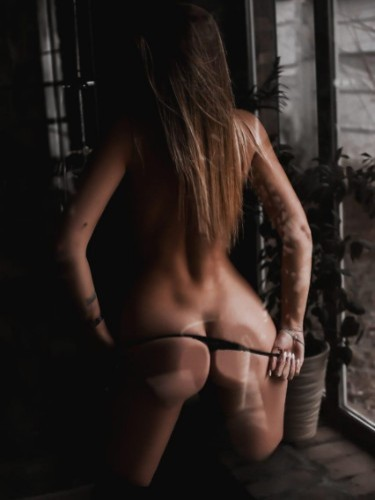 Sex ad by escort Alisa (20) in Istanbul - Photo: 2