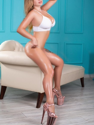 Emelly escort in Istanbul - Photo: 3
