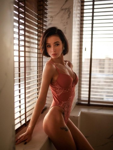 Sex ad by escort Karolina (21) in Istanbul - Photo: 3