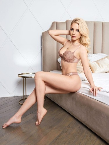 Sex ad by escort Lina (23) in Istanbul - Photo: 7