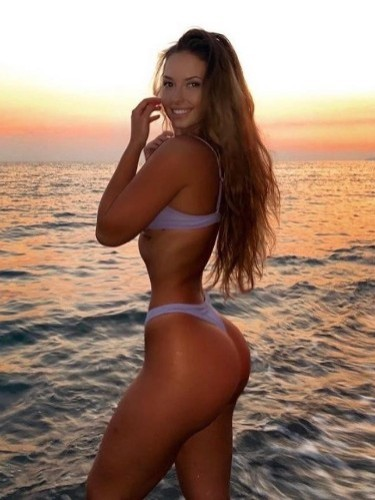Sex ad by kinky escort Julia Vip (20) in Istanbul - Photo: 1